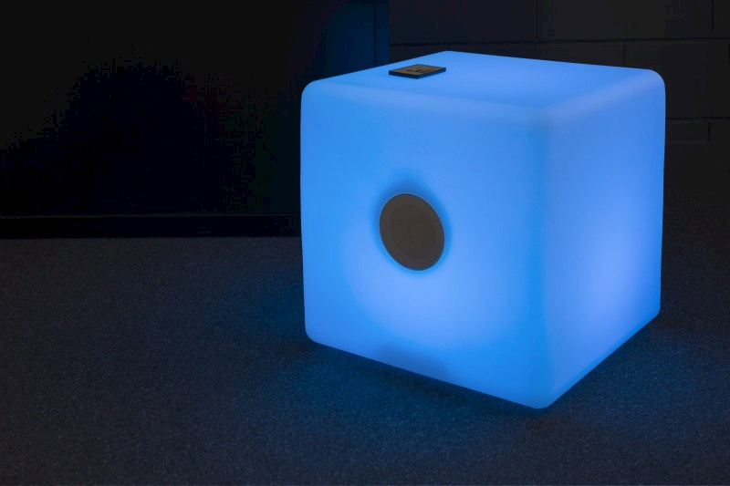 LED Bluetooth Lautsprecher Cube